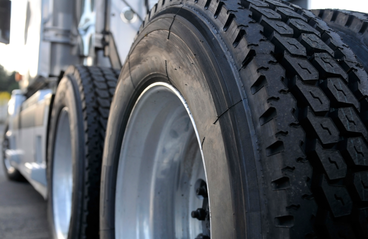 Discounts on Truck Tires